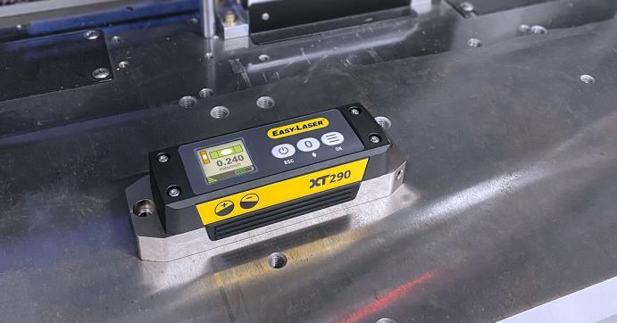Easy-Laser xt290 digital precision level
